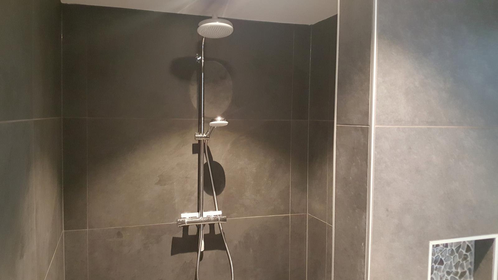 Aanbouw woning lisse badkamer douche de wilde bouw katwijk